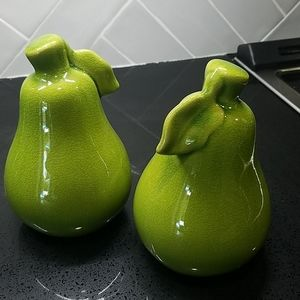 Decorative pears, set of 2 bright green